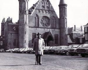 Max Lewin op Binnenhof
